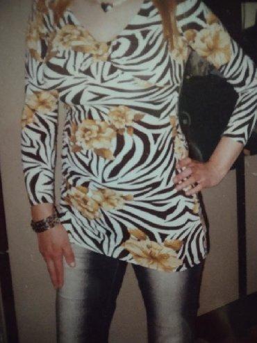 Ženska odeća   Bela Crkva: Majica tunika