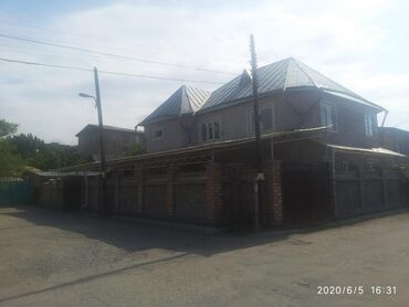 Продам Дома от собственника: 220 кв. м, 6 комнат