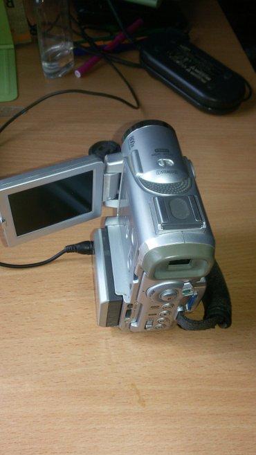 Видеокамера, самсунг, зарядник, сумочка, . рн рынка Комфорт в Бишкек