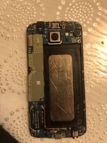 s6 samsung qiymeti - Azərbaycan: Samsung s6 64 hərşey işləktir tək ekrannan başqa arxa şüşəsi çatdır