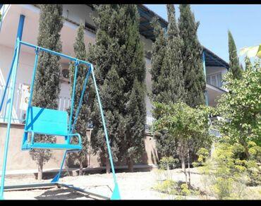 Evlər - Azərbaycan: Uzunmüddətli kirayə evlər: 150 kv. m, 4 otaqlı