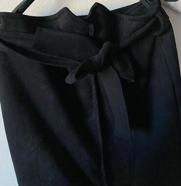 Suknje - Srbija: Prelepa, duboka, crna suknja nosena jednom. Veoma prijatnog