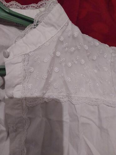 блузки для школы в Кыргызстан: Рубашка со стойким воротником, можно для школы и для офиса,44размер