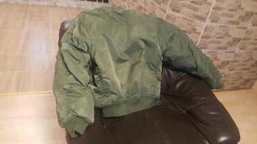 Nova muška jakna samo jednom nošena