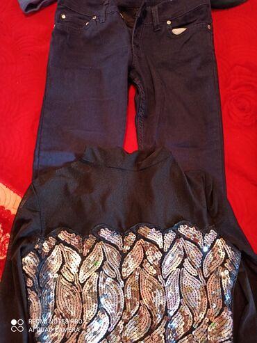 Брюки - Сокулук: Вещи джинсы и кофта. Кофта 46размер брюки 26размер. Вещи в очень