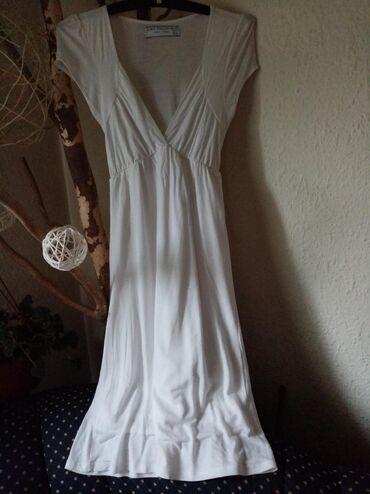 Zara haljina, M veličina od prijatnog pamuka sa blago izraženim