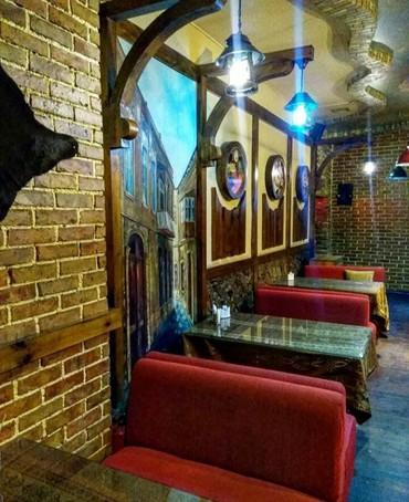 Bakı şəhərində 28 may ərazisi 1 zal 3 kabineti olan çay evi icare verilir.