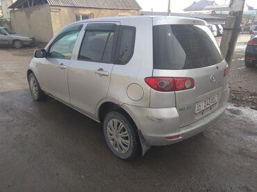 Mazda Demio 1.3 л. 2004   270 км