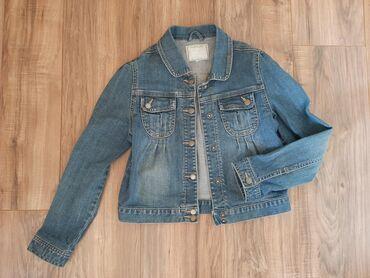 Za devojčice vel. 152 teksas jakna Strukirana, lako se zakopcava. Sa