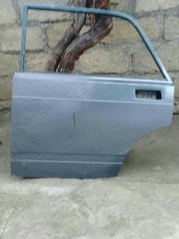 masin aksesuarlari vaz в Азербайджан: Vaz 2107- di Qapıları şofir tərəf qabağ və arxa qapılar satılır 2012