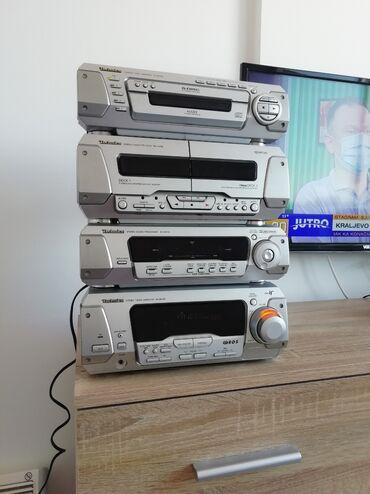 Technics - Srbija: Muzička linija Technics EH760. Linija ima radio FM, 5xcd, 2x dek za