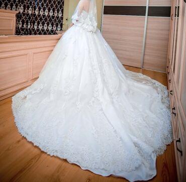 свадебные платья in Кыргызстан   КОНДИТЕРСКИЕ ИЗДЕЛИЯ, СЛАДОСТИ: Продаю своё свадебное платье!Покупала в салоне Cosmo Bella одевала оди