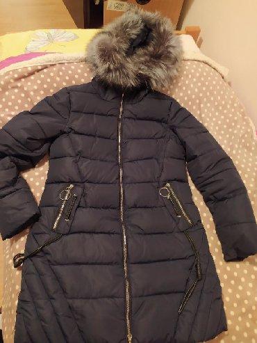 Flo-clo-jakna-placena-e - Srbija: Teget jakna, par puta obučena, prodaja zbog neodgovarajućeg broja