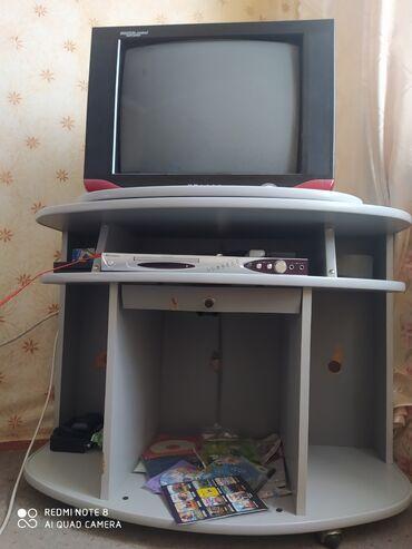 ТВ и видео - Беловодское: Прадаётся телевизор с подставкой состояние хорошее 2500 сом тел