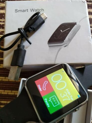 Smart Watch X6 snažan, višenamenski i moderan pametni sat! TELEFON/