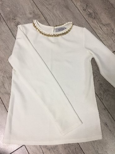нарядные блузки в Кыргызстан: Нарядная блузка,Размер 44.Надевала всего лишь один раз на