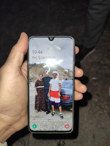 Б/у Samsung A400 64 ГБ Синий