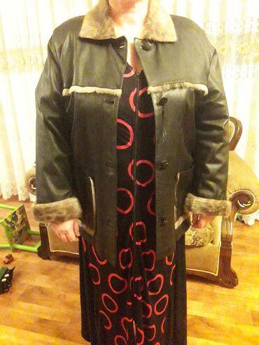Куртки - Кыргызстан: Продаётся куртка чисто кожаная с оконтовкой нерпой натуральная, новая