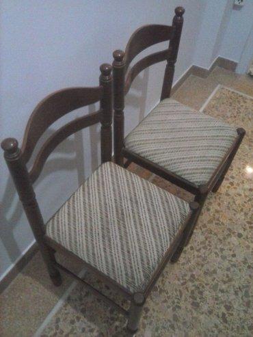 Δύο καρέκλες ξύλινες για καθιστικό. σε Αθήνα