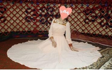 Продаю очень красивое и нежное платье в Бишкек