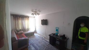 Продажа квартир - Бишкек: Хрущевка, 2 комнаты, 42 кв. м Животные не проживали, Совмещенный санузел, Угловая квартира
