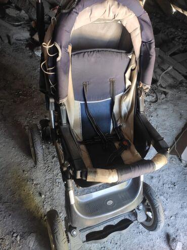 Детский мир - Новопокровка: Продаю коляску в хорошем состоянии. Переноска зимняя и летняя. 3 в 1