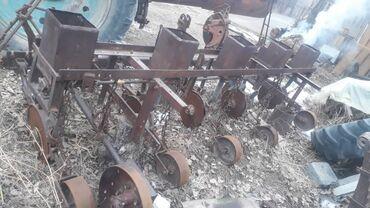 бур в Кыргызстан: Тракторго,Шаймандар сатылат! Сеялка,жем чыгаргыч,стойка жаш кочотко