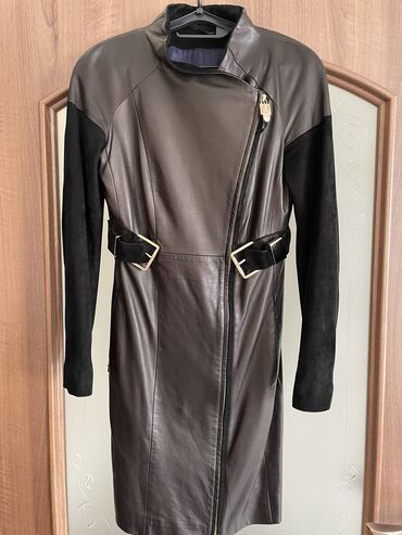 плащ акацуки бишкек in Кыргызстан   ПЛАЩИ: Продаю почти новые пальто и кожанный плащ заказывала в Турции