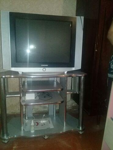 11151 elan: Televizorlar altdignan biga satilir