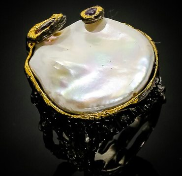 Эксклюзивное кольцо от дизайнеров Тайланда. Размер - 17,5.Ручная
