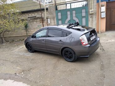 - Azərbaycan: Toyota Prius 1.5 l. 2007 | 184000 km