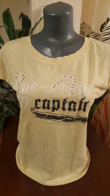 majica  prelepa sa tzv.zabicama (nabrano) na ramenima  ima cirkone - Pozarevac