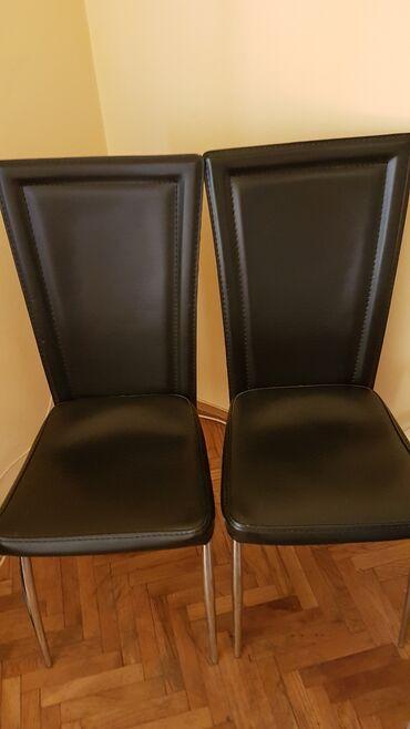 Dve stolice na prodaju