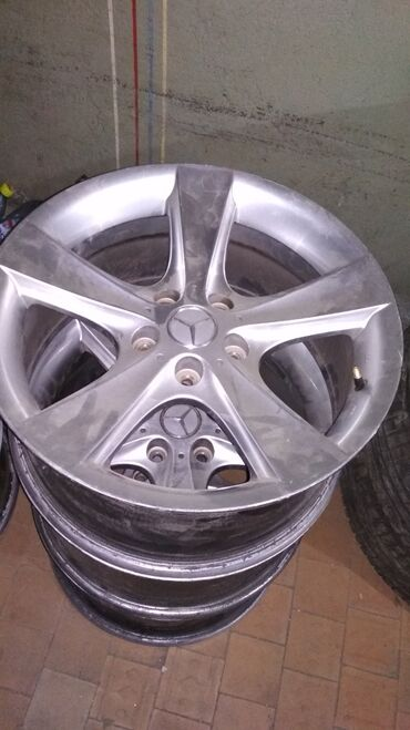 шины 21560 r17 лето в Кыргызстан: Mercedes R17 в идеальном состоянии! Параметры дисков 8jx17h2et35