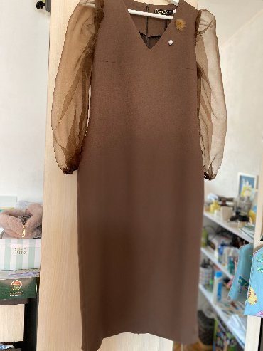 длинные шифоновые платья с рукавами в Кыргызстан: Платье новое . Легкое . Рукав из органзы.( примерки нет ) упаковано