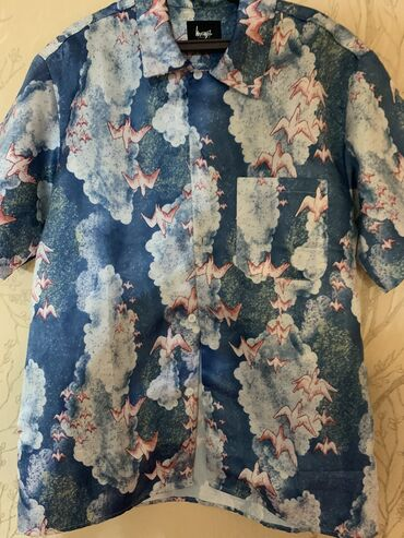 Офигенная рубашка на лето. Носил пару раз, покупал прошлым летом