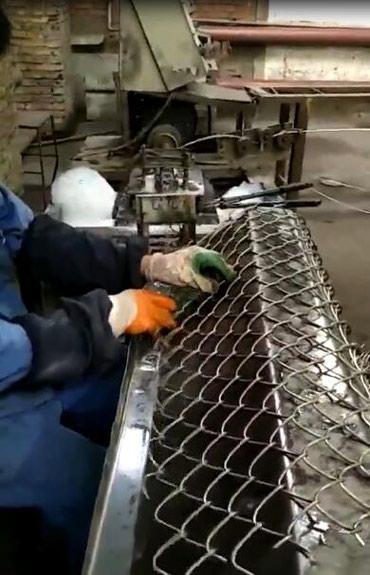 Новый полуавтомат для изготовления сетки рабицы в Урумчи Китай в Бишкек