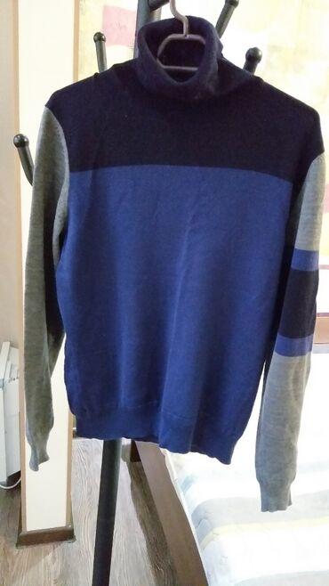 Продаю свитер с высоким горлом, производство Корея, очень приятный мат