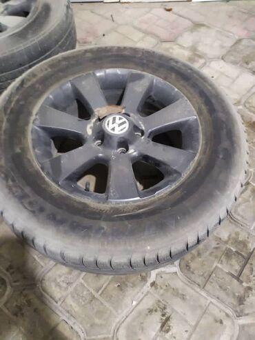 шины 19560 r16 в Кыргызстан: Продаю диски r16 Volkswagen 5/112