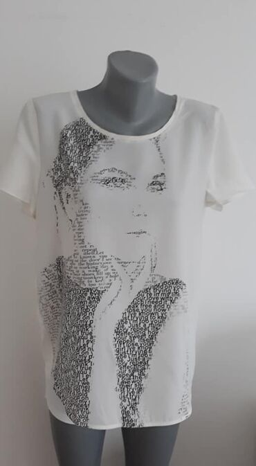Majica Esprit 40 cena 650viskozaprednjica poliester,sirina ramena 41