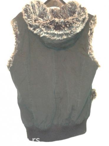 Zenski prsluk,vel M-L,postavljen imitacijom krzna,crne boje,bolje - Novi Sad