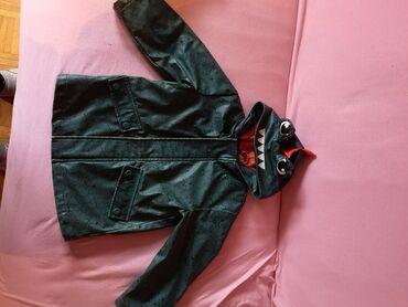 Postavljen duks tanja jakna broj a - Srbija: George prolećna/jesenja jakna za dečake. Veličina 3-4 god. Iznutra