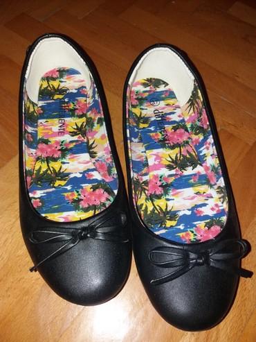 Ženska obuća | Nis: Baletanke crne,nove samo probane. Kupljene u metro. br 37