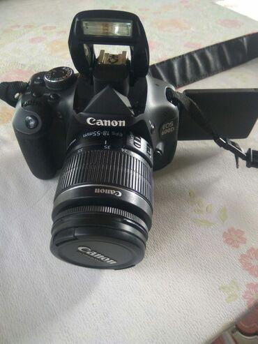 Продаю Цифровой фотоаппарат Canon EOS 600D 16000 сом