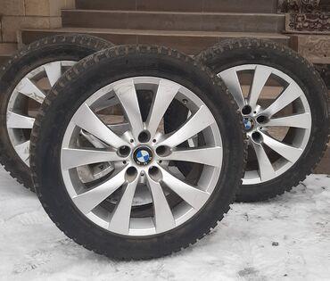 bmw m3 2 3 kat в Кыргызстан: Продаётся оригинальные диски bmw, зимние шины состояние отличное