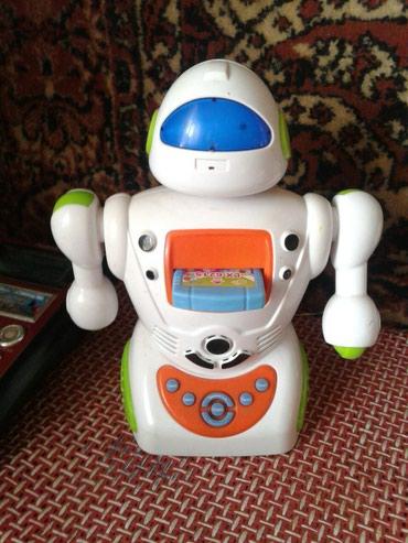 Игрушка робот ,он не двигается.Робот в Кок-Ой
