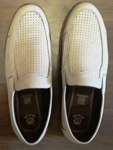 """Продаю практически новые летние туфли, размер 42. Экокожа. """"Дышащие"""""""