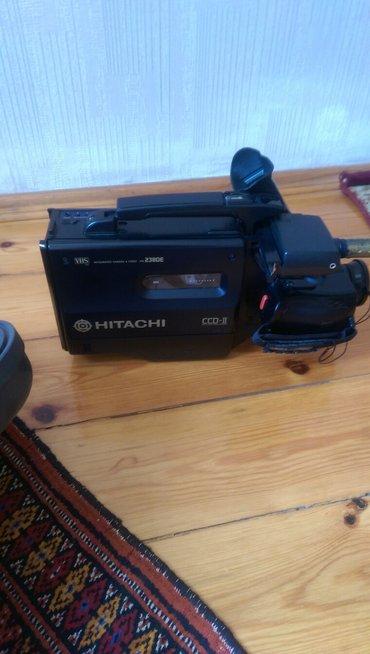 Bakı şəhərində Video kamera hitachi satilir. 1994 ilde almaniyadan getirilib,ishtek v- şəkil 3
