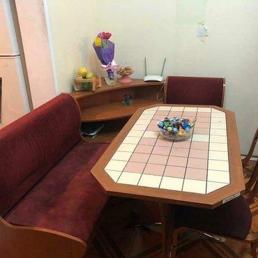 Дом и сад в Сальян: Metbex ucun,masa, kunc divan ve iki stul tecili satlir 350azn unvan