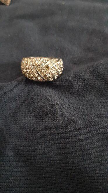 Δαχτυλιδι με πετρες